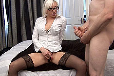 Amateurcfnm.com Valerie Fox in Bosss Fuck Toy  Siterip Videoclip Amateurcfnm.com FetishXXX PORN RIP