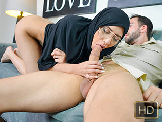 Exxxtra small Angel Del Rey in Tiny Muslim Teen Lives The Anal Dream  [SITERIP XXX Teamskeet h.264 ] PORN RIP
